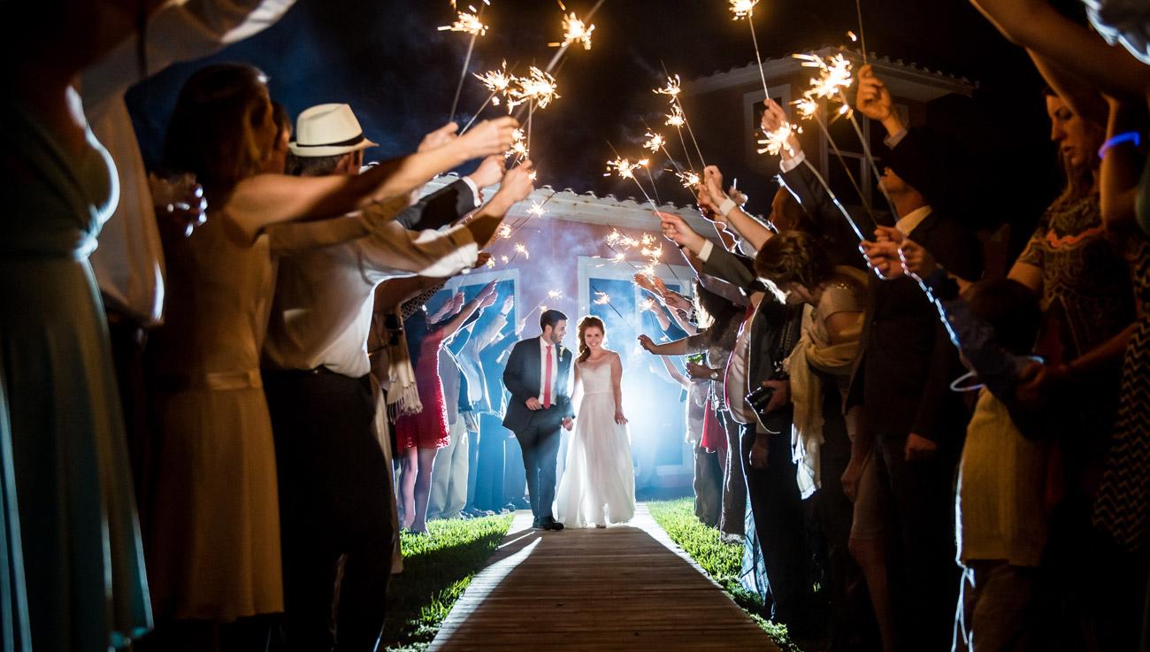 http://www.cricketsphoto.com/wp-content/uploads/2016/10/orlando-wedding-photogaphy-h3.jpg